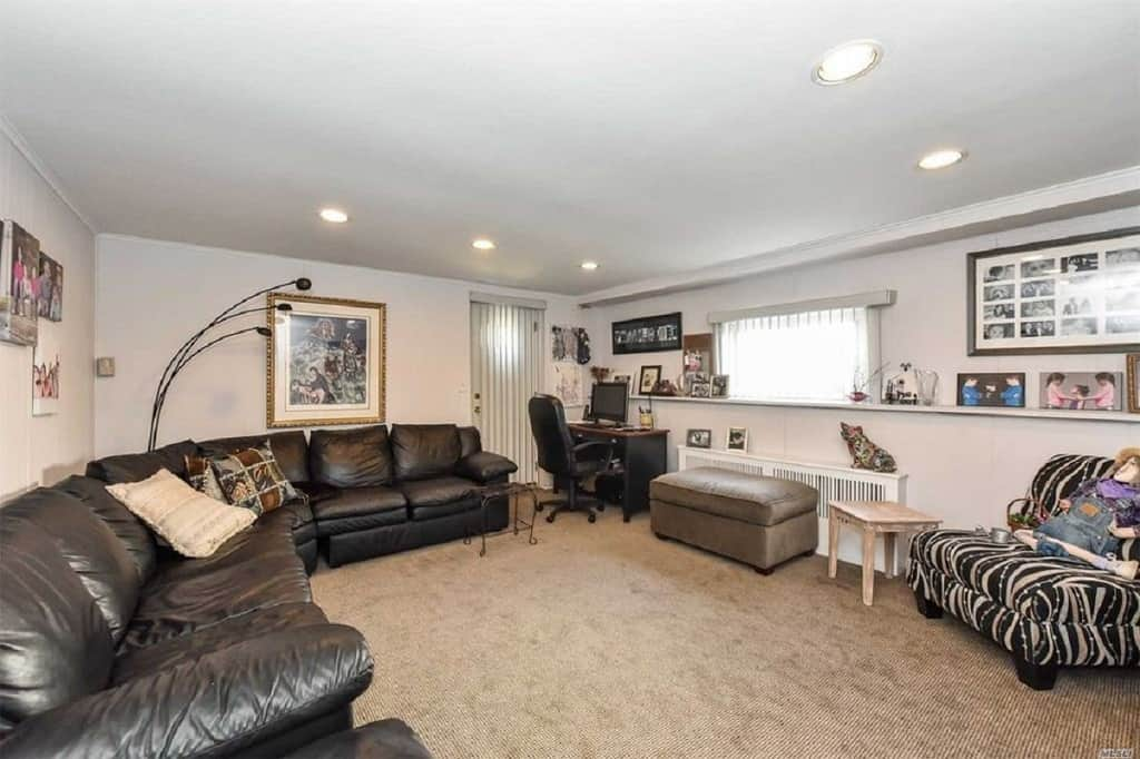 Samuel Realty Group | 106 Wilson Place, Plainview, NY 11803