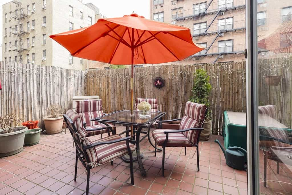 Samuel Realty Group | 207 East 74th Street, Apt 1D, Lenox Hill, NY 10021