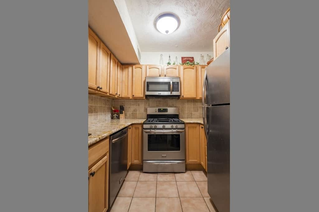 207 East 74th Street, Apt 1D, New York