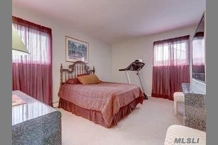 Samuel Realty Group | 220 Saint Marks Place, Massapequa, NY 11758