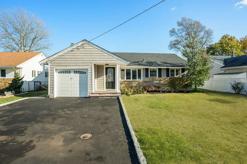 Samuel Realty Group | 359 Harrison Avenue, Massapequa, NY 11758