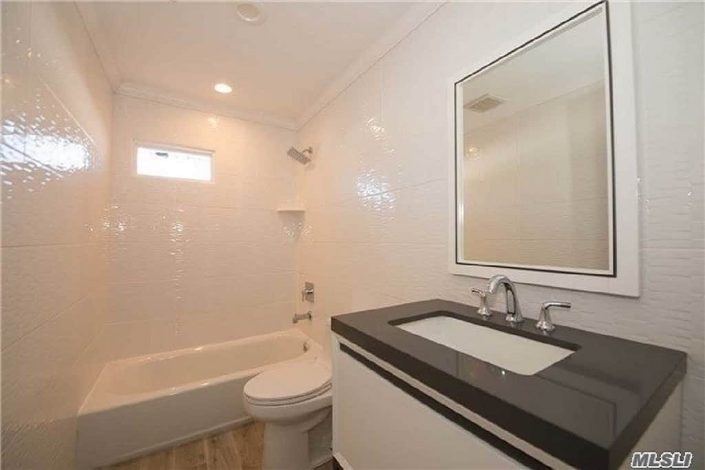 Samuel Realty Group | 82 Nassau Avenue, Plainview, NY 11803