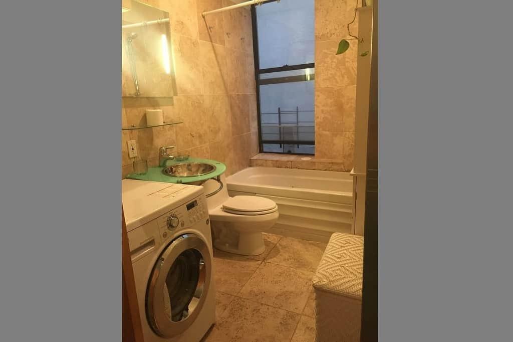 Samuel Realty Group | 246 East 51st Street, Apt 18, Turtle Bay, NY 10022