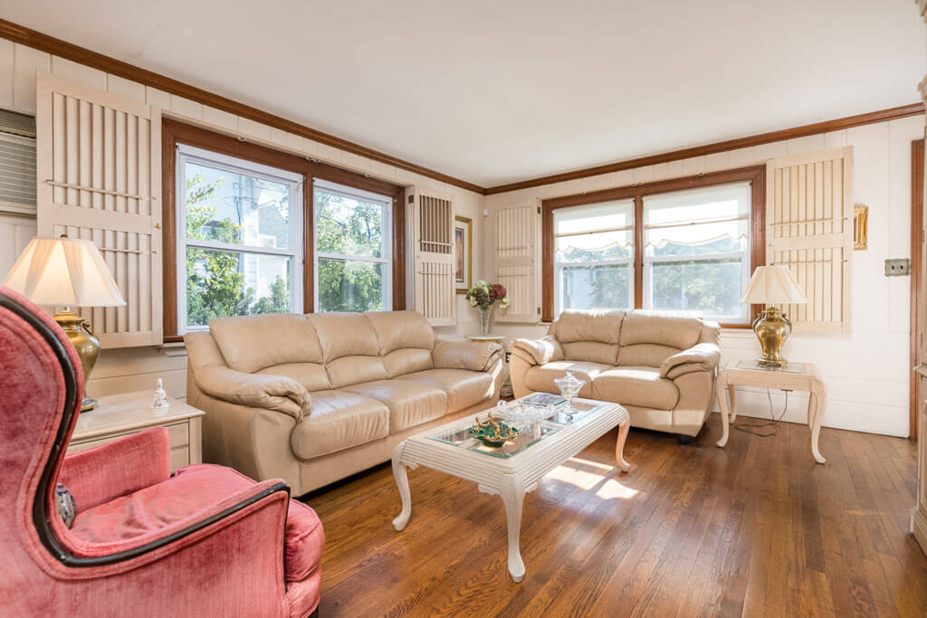 289 W Jamaica Ave Valley Stream, New York | Samuel Realty Group