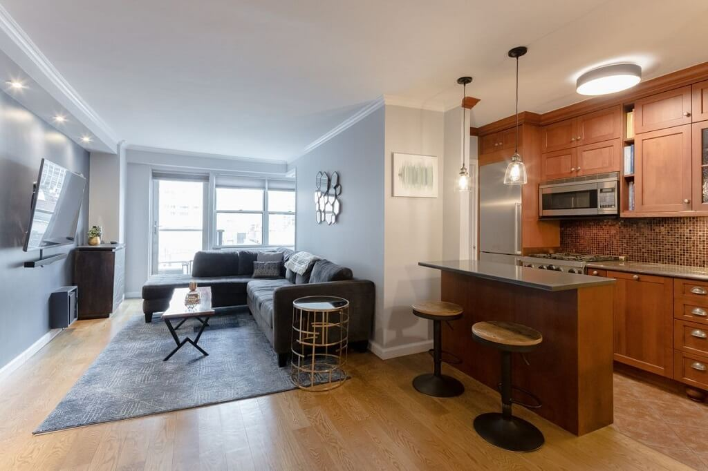 300 East 71st Street, Apt 9L, Lenox Hill, New York