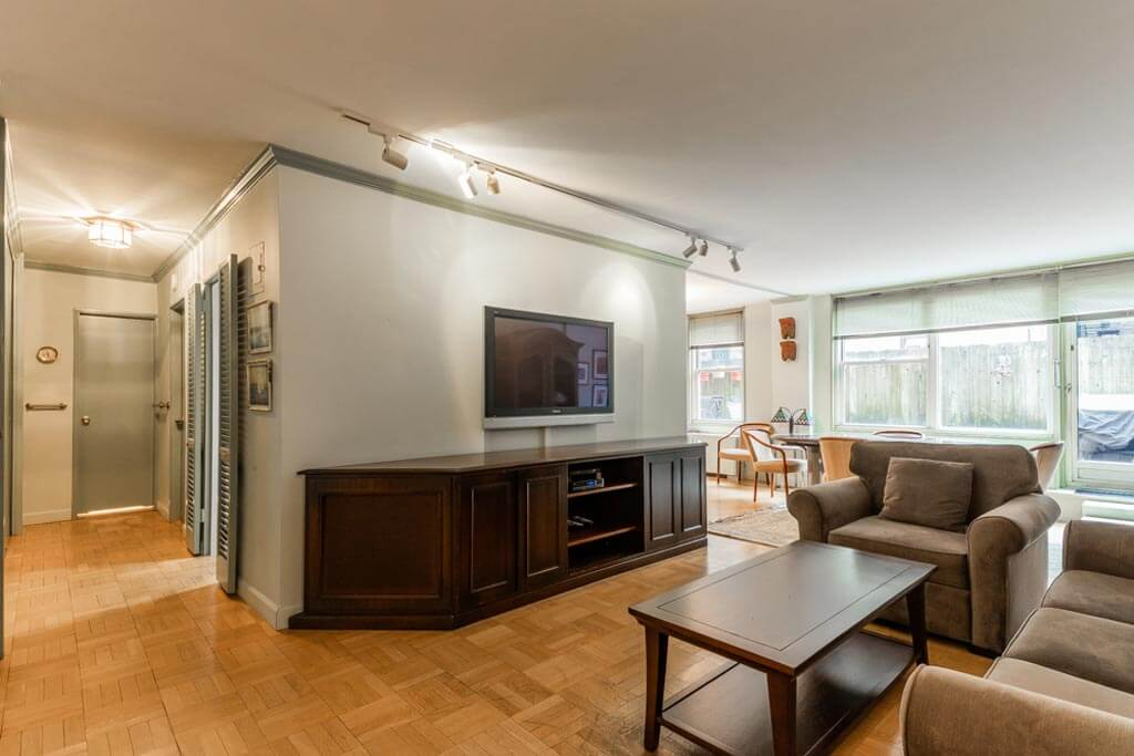 Samuel Realty Group | 207 East 74th Street, Apt 1A, Lenox Hill, NY 10021