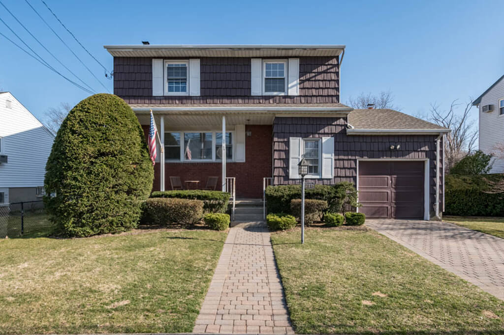 Samuel Realty Group | 2915 Arnold Avenue
