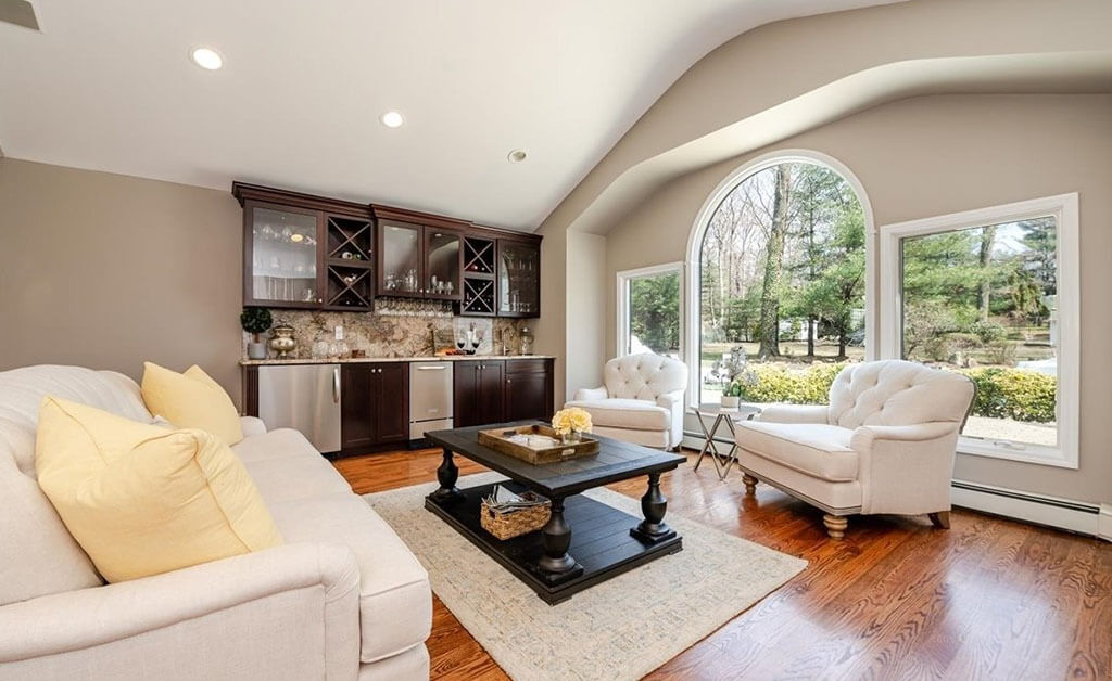 Samuel Realty Group | 3 Concord South Drive, Northport, NY 11768